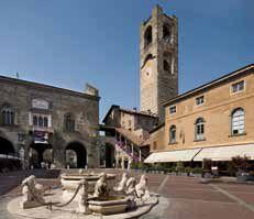 14-Piazza_Vecchia